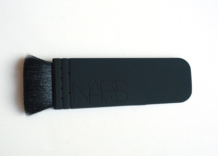 NARS-bronzing-brush