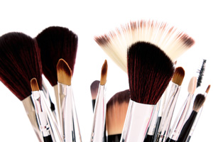 makeup-brushes-101-L